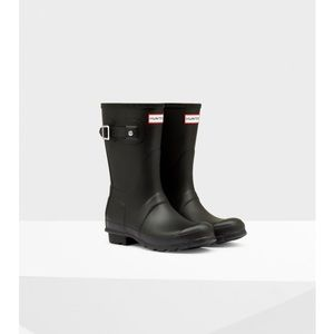 Hunter Original Short Rain Boots in Matte Black